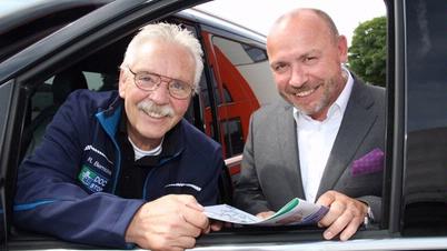 Foto (von links): DocStop-Initiator Rainer Bernickel und der Vereinsvorsitzende Joachim Fehrenkötter sind unermüdlich im Einsatz, um die medizinische Unterwegsversorgung von Bus- und Lkw-Fahrern europaweit zu verbessern.