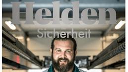DEKRA Geschäftsbericht 2016 - Titelblatt