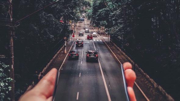 Sicheres Fahrverhalten durch digitale Assitenz