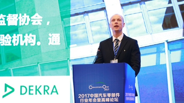 Stan Zurkiewicz, Chief Regional Officer DEKRA East Asia, auf der China Auto Parts Annual Conference and Forum