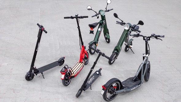 E-Scooter verschiedener Marken