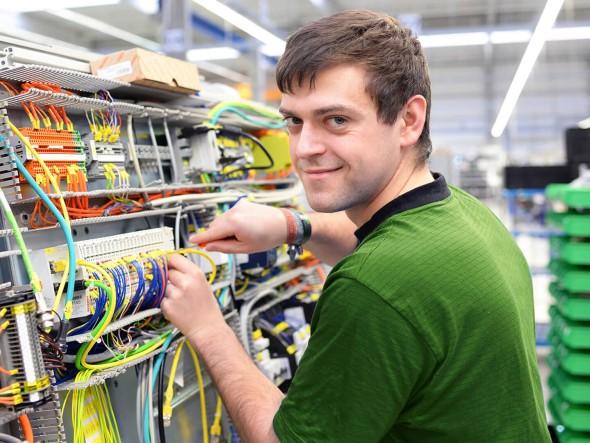 Electric Engeneering Training